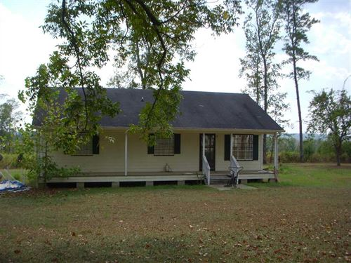 Gorgeous Views From This 3Br, 2 BA : Eufaula : Barbour County : Alabama