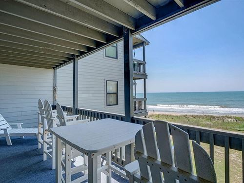 2Br / 2Ba Oceanfront Shipwatch : North Topsail Beach : Onslow County : North Carolina