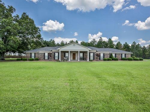 Custom Country Home With Acreage : Buena Vista : Marion County : Georgia