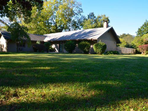 Campus Retreat : Lawrence : Douglas County : Kansas