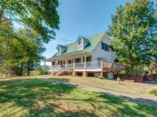 Country Home in Scenic Area : Williamsport : Maury County : Tennessee