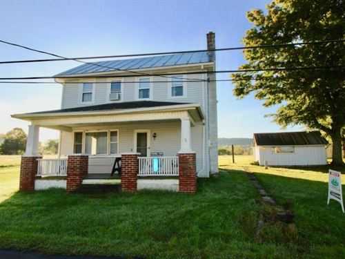 Home With Garage And Barn : Bloomsburg : Columbia County : Pennsylvania
