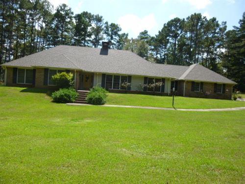 1092 David Benjamin Drive : McComb : Pike County : Mississippi
