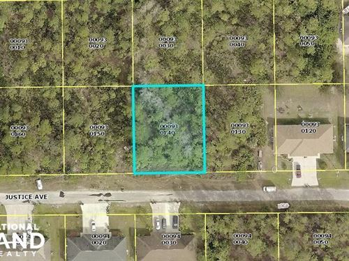 Great Location in Lehigh Acres : Lehigh Acres : Lee County : Florida