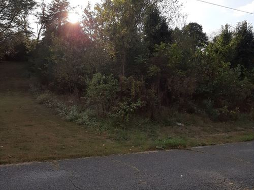 .5 Acres Lot Kingswood Estates : Morristown : Hamblen County : Tennessee