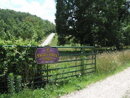 Cattle Ready Ranch : Hartville : Wright County : Missouri