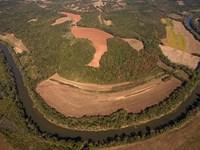 Dan River Farm : Milton : Caswell County : North Carolina