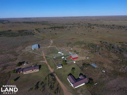 Hunting Haven And Cattle Paradise : Laverne : Beaver County : Oklahoma