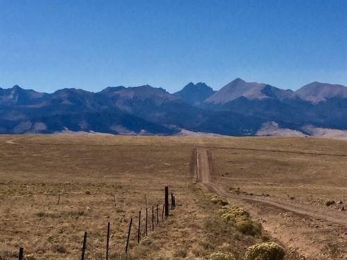 37.67 Acres Gorgeous Mountain Views : Westcliffe : Custer County : Colorado