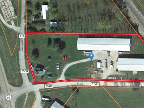 Commercial Warehouses On Major Hwy : West Plains : Howell County : Missouri