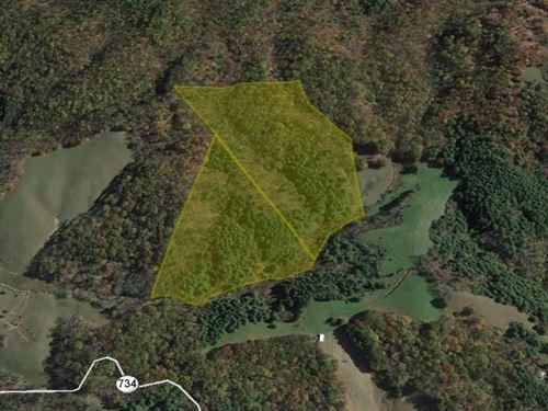 33 Acres in The Shadow Of Virginia : Wilson Creek : Grayson County : Virginia