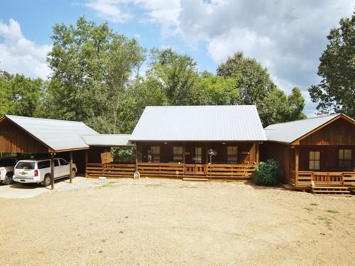 3 Bed/3 Bath Hunting Lodge 143 Acre : Woodville : Wilkinson County : Mississippi