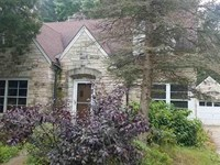 Historic Home Riverfront Central : Wautoma : Waupaca County : Wisconsin