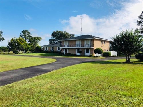 5/3.5 Home W/Pool On 5 Ac 778824 : Chiefland : Levy County : Florida