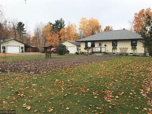 Country Home Outbuildings Acreage : Mahtowa : Carlton County : Minnesota
