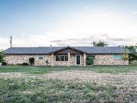 Country Home In Howard County : Big Spring : Howard County : Texas