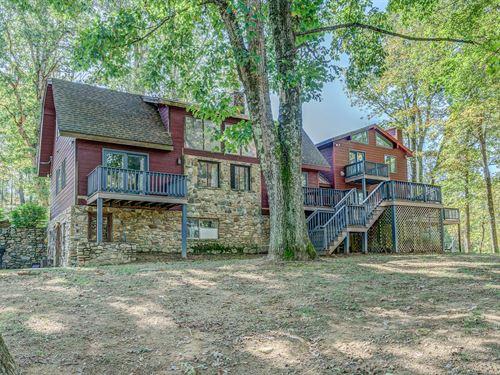 Private Mountain Estate : Bent Mountain : Roanoke County : Virginia