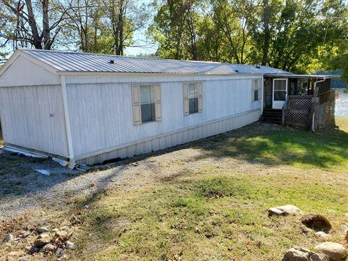 Lakefront Home Claytor Lake : Hiwassee : Pulaski County : Virginia