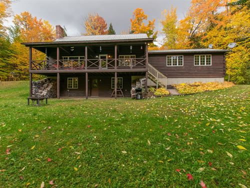 Lakefront Log Home in Maine : Lowell : Penobscot County : Maine