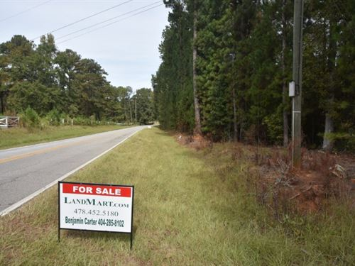 Well-Located Home OR Subdivision Si : Locust Grove : Henry County : Georgia