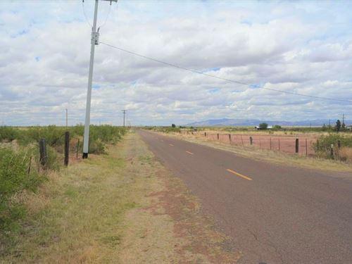 Prime Land, Paved, Power, $500/Mo : Douglas : Cochise County : Arizona