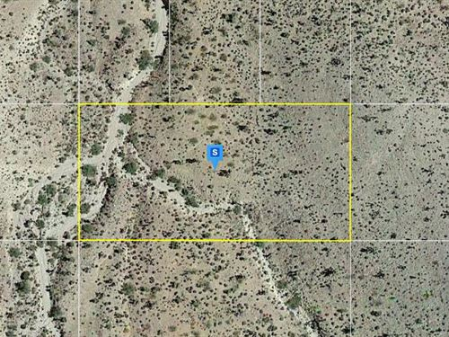 1.25 Acres in Mohave County, Az : Meadview : Mohave County : Arizona