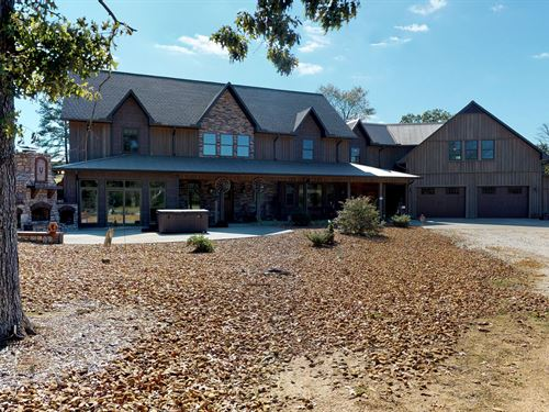 208 Acres, Ranch House, Barn : Bruceton : Carroll County : Tennessee