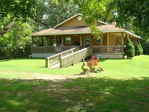 Private Setting on 79 Acres With 2 : Mountain View : Howell County : Missouri