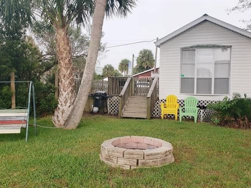 Suwannee Florida Waterfront Home : Suwannee : Dixie County : Florida
