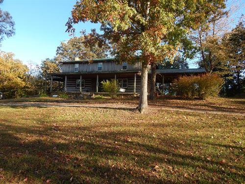 Rustic Home Approximately 4 Acres : Morgantown : Butler County : Kentucky