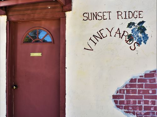 Vineyard Oklahoma Winery, Venue : Marlow : Stephens County : Oklahoma