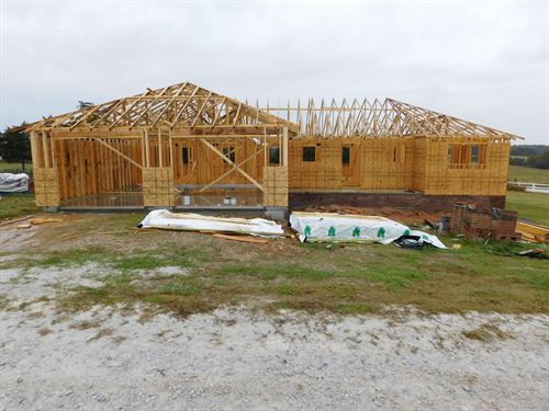 New Construction in The Ozarks : Harrison : Boone County : Arkansas