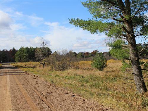 Great Hunting Land Building : Granton : Clark County : Wisconsin