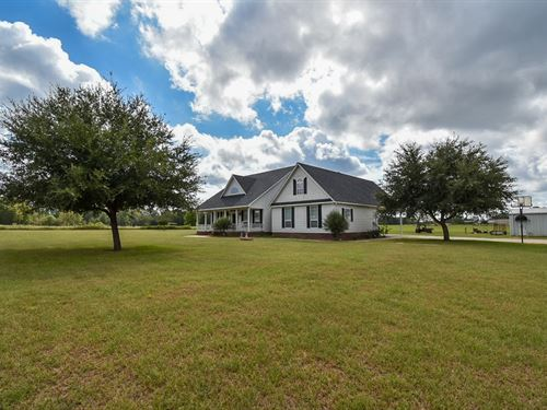 Country Property Lindale School : Van : Van Zandt County : Texas