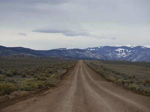 10 Acres, Sanchez Reservoir Views : San Luis : Costilla County : Colorado
