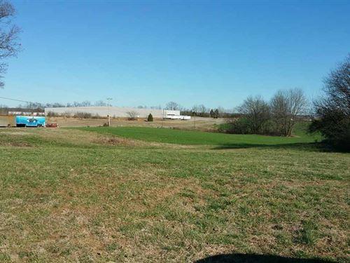 Commercial Lot Near Franklin, KY : Franklin : Simpson County : Kentucky