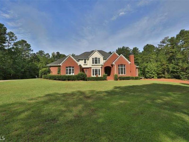 Beautiful Estate on 10 Acres : Eatonton : Putnam County : Georgia
