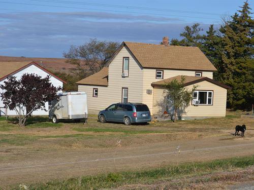 Lincoln County Farmhouse : Lincoln : Kansas