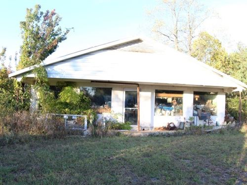 Commercial Building 3.3 Acres : Axton : Henry County : Virginia