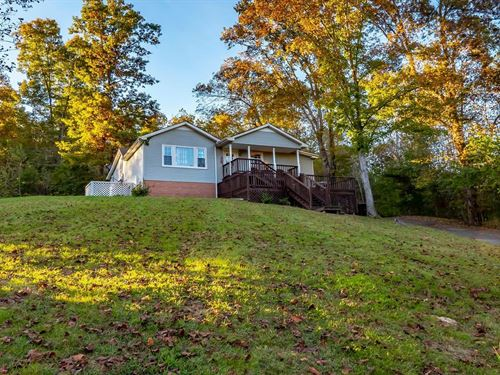 Home For Sale in Leipers Fork, TN : Franklin : Williamson County : Tennessee