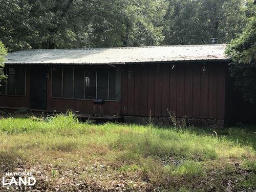 Cabin & 6 Lots Adjacent to Felsenth : Felsenthal : Union County : Arkansas