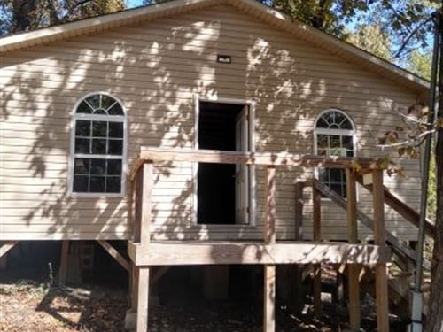 Large Cabin In Unrestricted Area : Williford : Sharp County : Arkansas