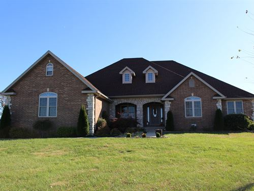 Contemporary Brick Home Southern MO : Mountain Grove : Wright County : Missouri