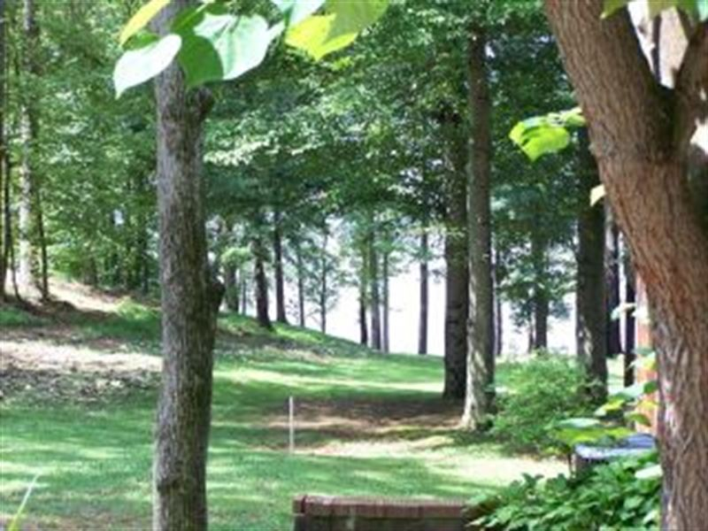 Nice Residential Lot 114018 : Big Sandy : Benton County : Tennessee