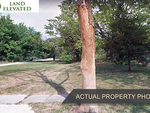 Build-In Established Suburban Area : Fort Wayne : Allen County : Indiana