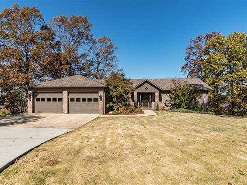 Large Home With Riverview in Van : Van Buren : Carter County : Missouri