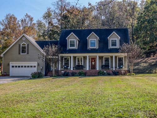Western Cedar Home Situated 12 : Culleoka : Maury County : Tennessee