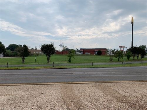 Commercial Lot Land Daingerfield : Daingerfield : Morris County : Texas