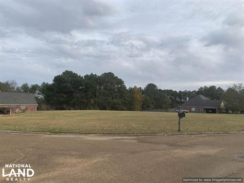 Meadow Ridge Lot : Kosciusko : Attala County : Mississippi