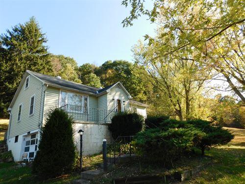 PA Home on 6+ Acres : Hyndman : Bedford County : Pennsylvania